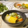 家常便饭 - 清甜玉米菜丝汤 (Sweet Corn & Vegetable Soup)