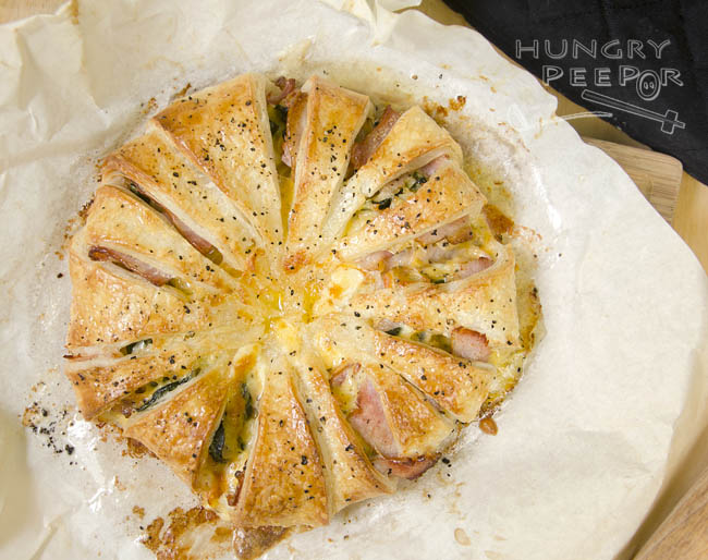 Bacon & Cheese Puff Pastry Wreath