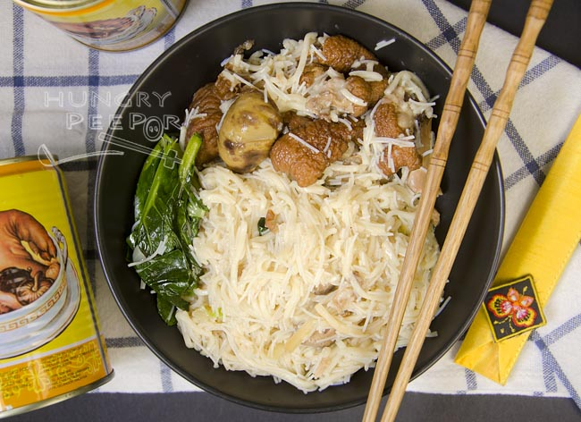 Canned Pork Leg Maggie Mee 3